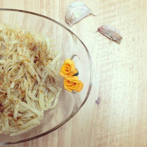 Spaghettis all' aglio e olio