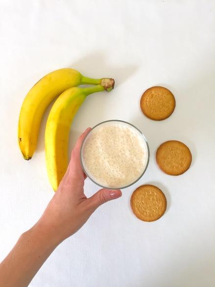 Smoothie de plátano y galletas María